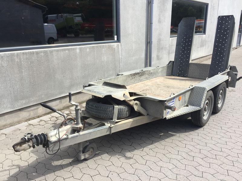 Brugt Ifor Williams GH94BT Maskintrailer Med Knæklad