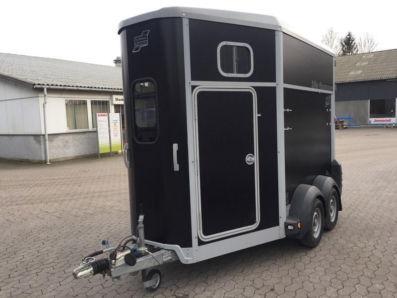 Brugt Ifor Williams HB506 Premium Hestetrailer // SOLGT