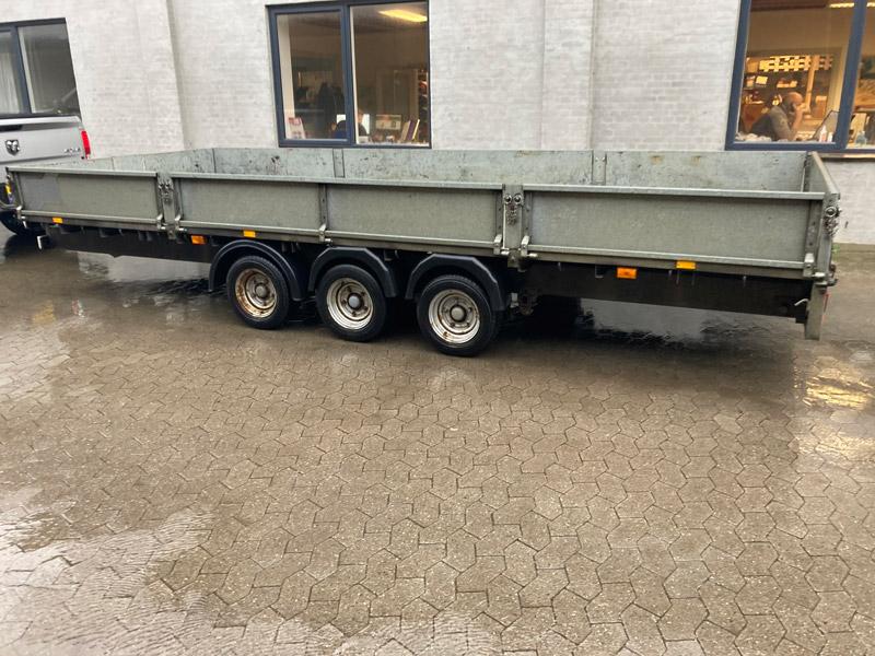 Brugt Ifor Williams LM187 3-akslet Ladtrailer // SOLGT